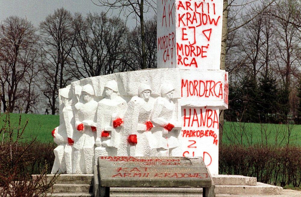 Польская журналистка о скандальном интервью с Мединским, российских троллях и памятниках оккупантам
