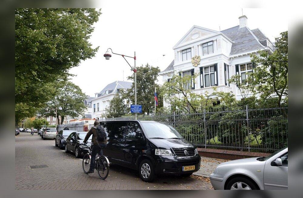 Taas intsident Hollandi ja Venemaa vahel: Haagis murti sisse Vene saatkonnatöötajate korterisse