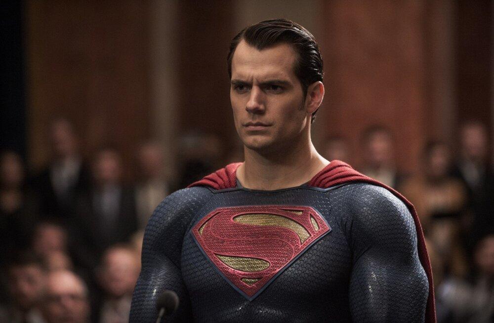 """Asi on ametlik: 2016. aasta halvimad filmid on """"Zoolander 2"""" ja """"Batman vs Superman"""""""
