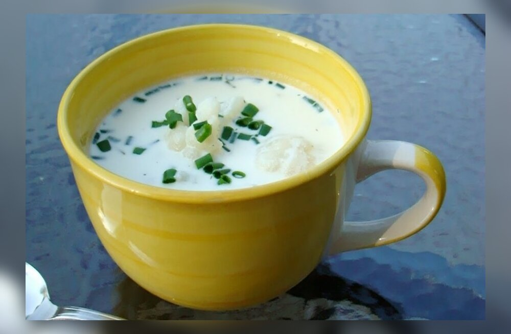 Retsept: lihtne juustune lillkapsasupp