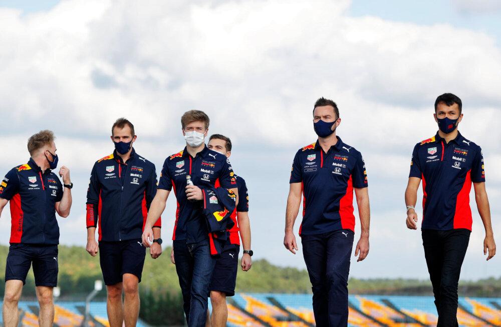 FOTOD   Jüri Vips käis koos Red Bulli sõitjaga Türgi ringrajaga tutvumas