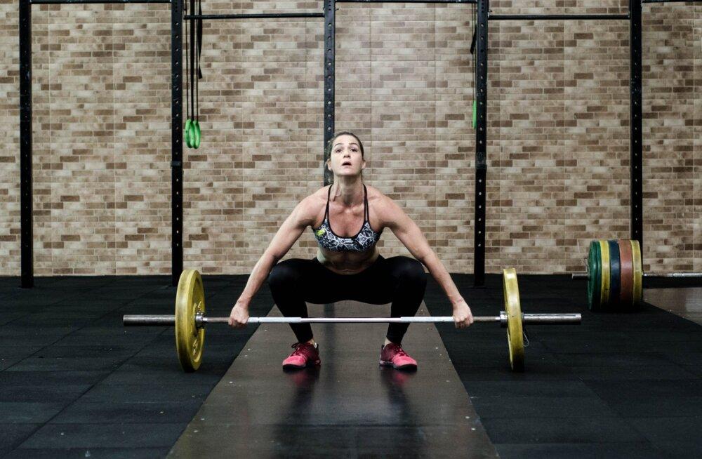 Как заниматься спортом, чтобы не превратиться в бодибилдершу
