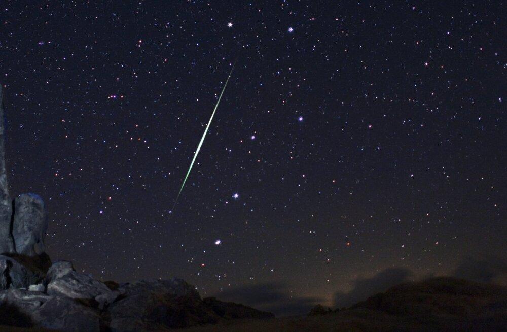 """""""Langevad tähed"""" ja """"sabaga tähed"""" ehk juba täna tasub taevasse vaadata"""