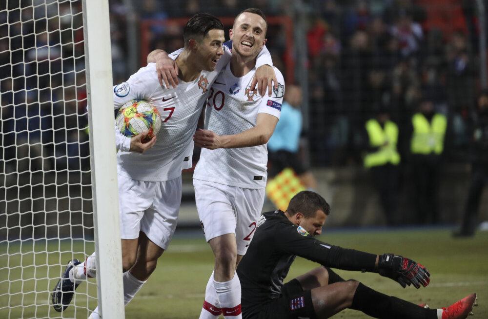 Portugal kindlustas pääsu EM-ile, Ronaldo jõudis ühe värava kaugusele võimsast tähisest
