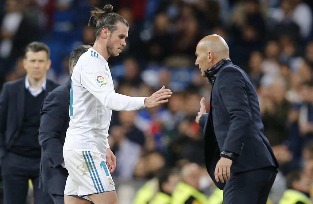 Zidane kaitses end kriitikute eest: ma ei häbistanud Gareth Bale'i