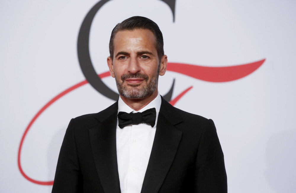 KLÕPS | Millised kontsad! Moelooja Marc Jacobs kandis eriti šokeerivaid saapaid