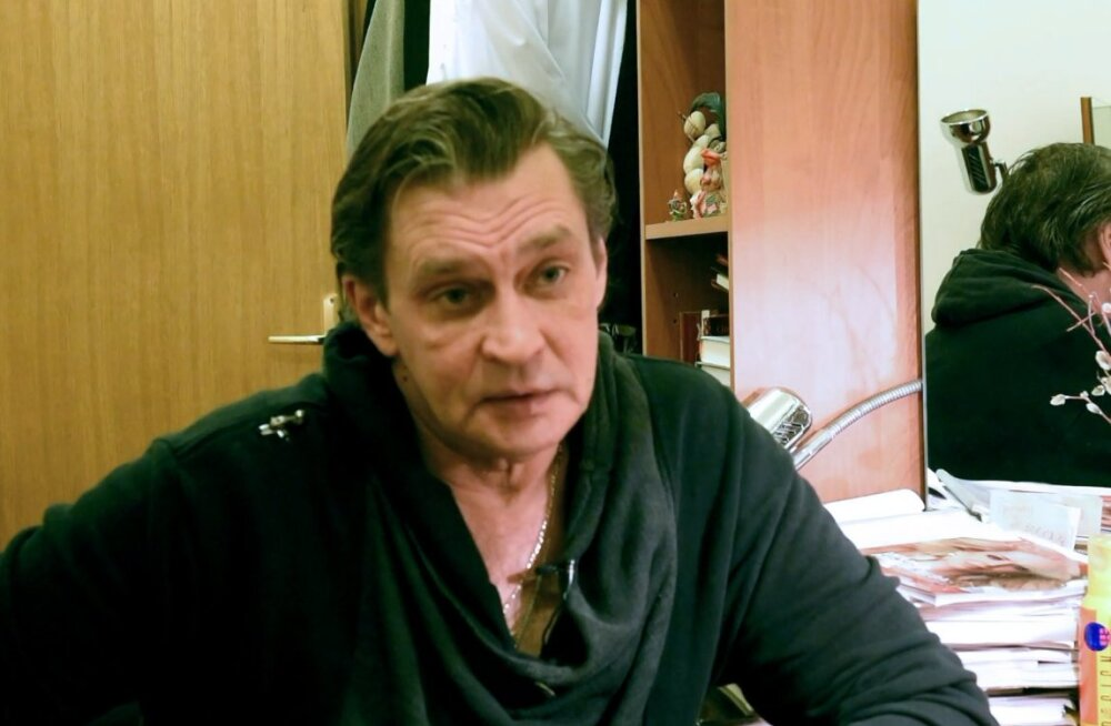 ФОТО | Постройневший Александр Домогаров возвращается на сцену
