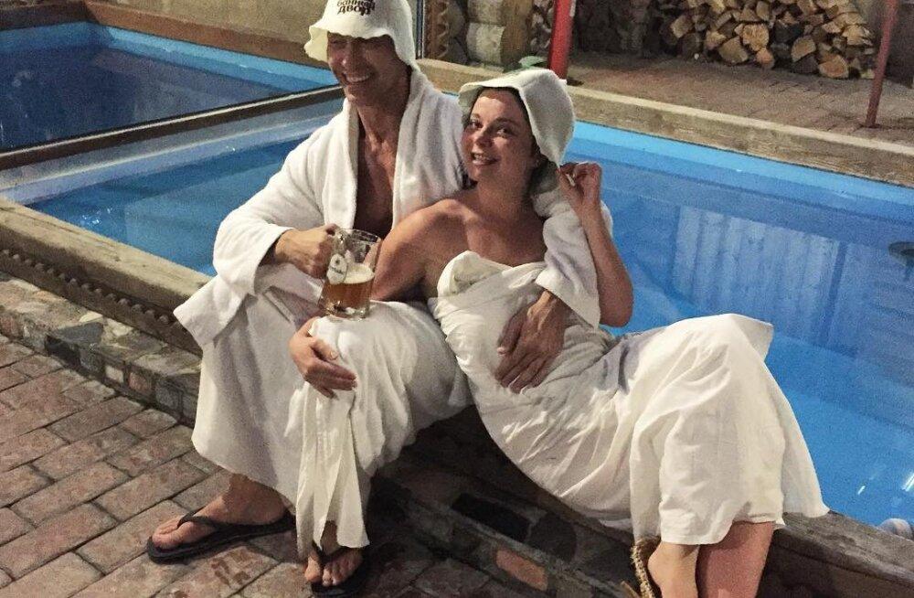 ФОТО: Королева показала банные забавы с Тарзаном