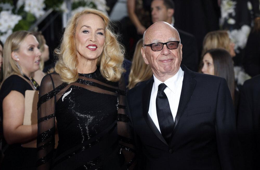 Armastus vanust ei küsi! Mick Jaggeri 59-aastane eksnaine Jerry Hall kihlus 84-aastase meediamogul Rupert Murdochiga