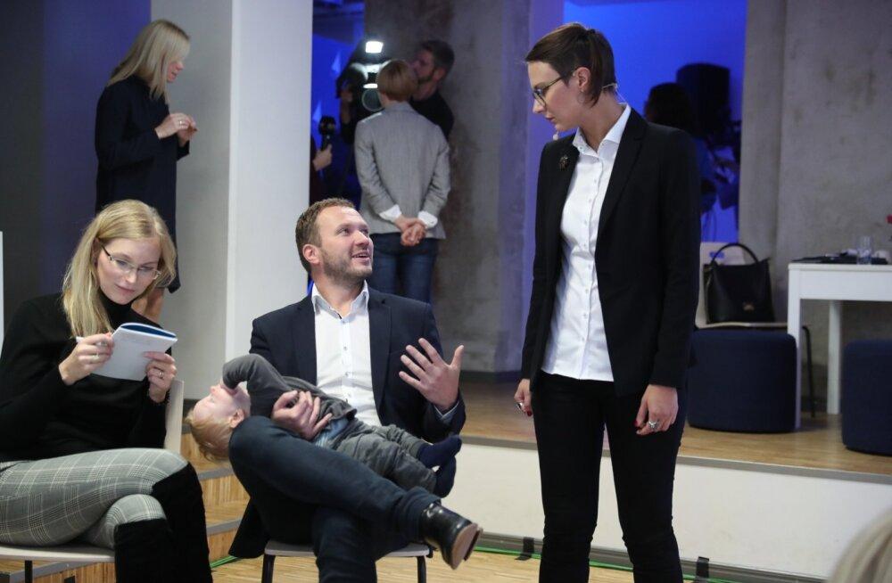 FOTOD   Eesti 200 pidas GAG-is mõttetalguid ning teatas, et läheb valimistele täisnimekirjaga