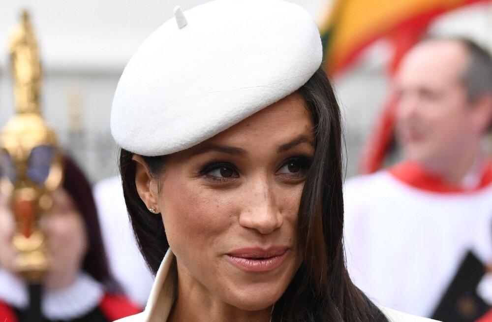 FOTOD | Tulevane sinivereline Meghan Markle tegi oma imekauni kostüümiga printsess Dianale üllatava austusavalduse