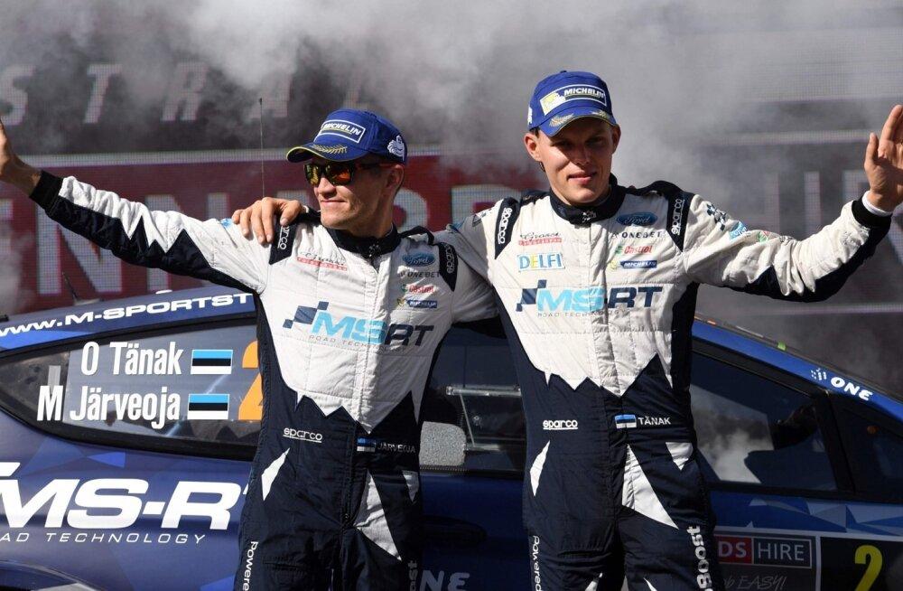 Ott Tänak (paremal) ja Martin Järveoja hakkavad uuel aastal Toyotaga tiitlit jahtima.