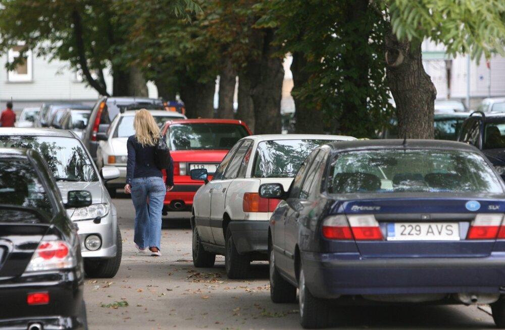 Autokuulutuste sõnaraamat: milliseid sõnu kasutatakse Eestis autode müümiseks ja ostmiseks?
