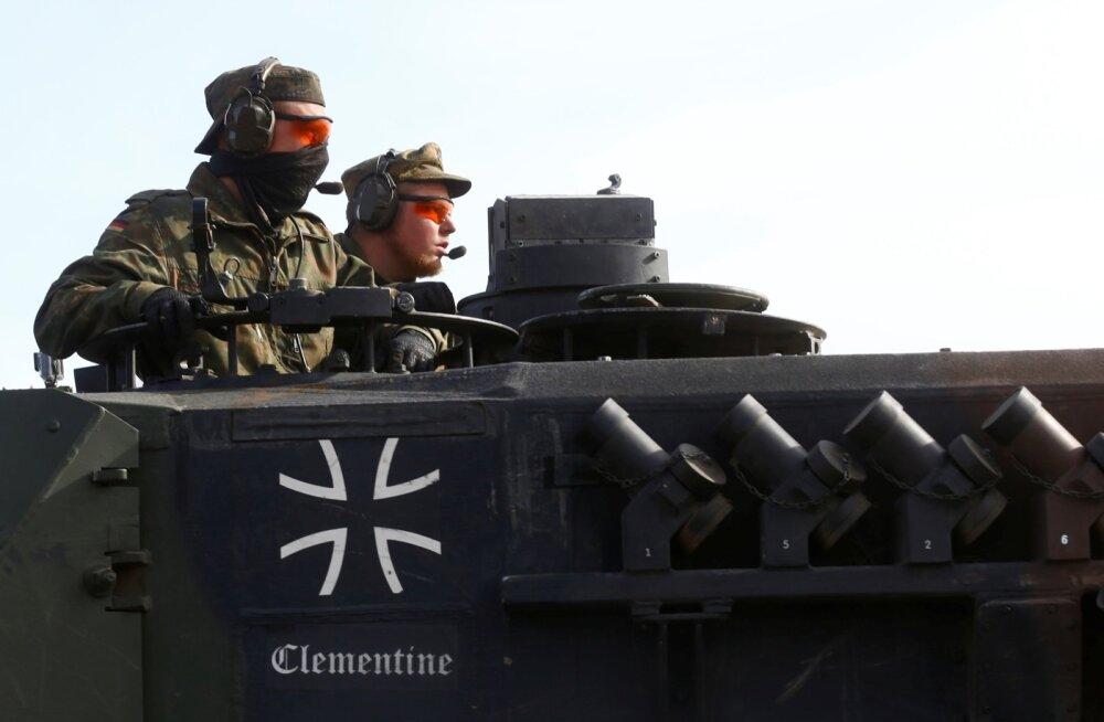 Aastaraport: Saksa sõjatehnika lahinguvalmidus on dramaatiliselt madal ning puudu on 21 000 ohvitseri ja allohvitseri