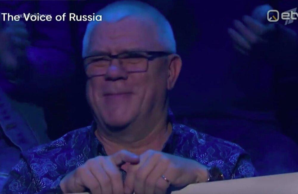 VIDEO   Uku Suvistele elas Venemaa talendisaates tuliselt kaasa isa Raivo