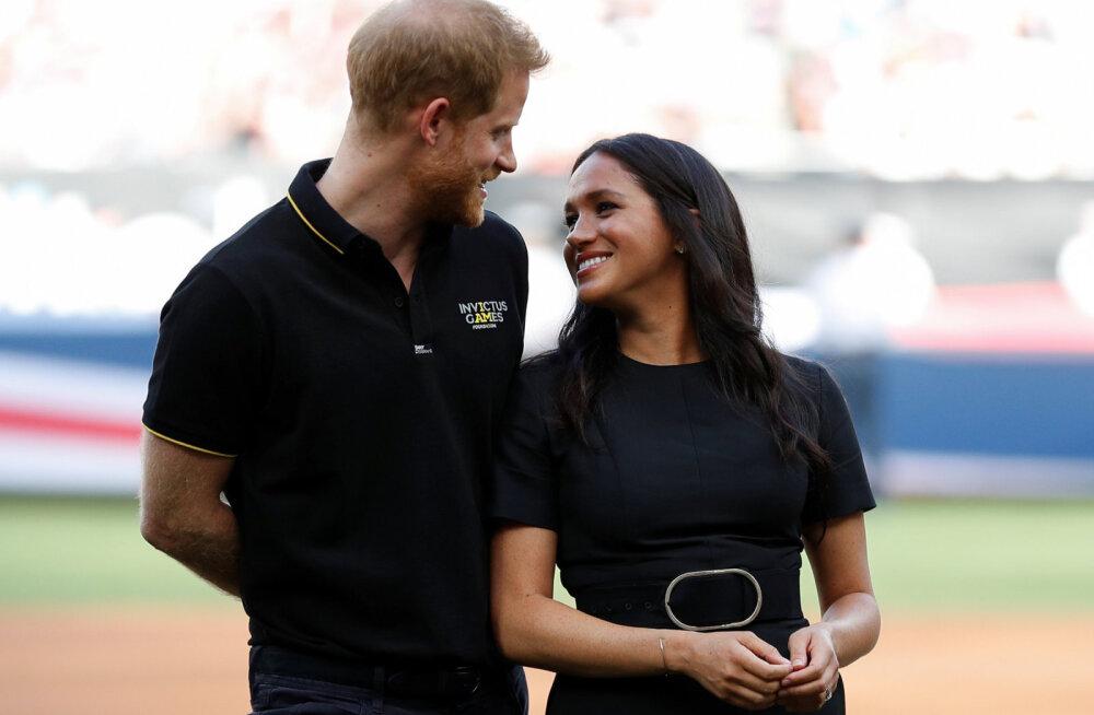 KLÕPS | Kuninglik armulugu täies hoos: prints Harry postitas Meghan Markle'i sünnipäeva puhul eriti armsa sõnumi