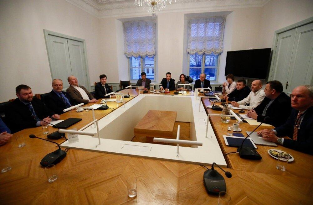 Keskerakond, Isamaa ja EKRE kinnitas Eesti põllumeeste ja kohaliku toidu tootmise toetamist