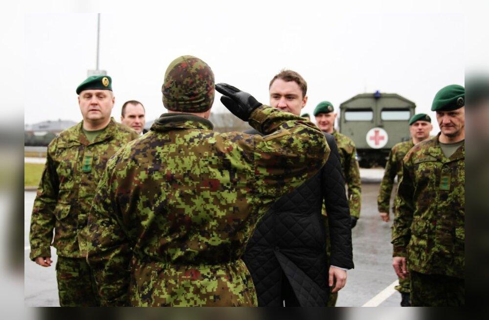 Rõivas Tapal sõduritega kohtumas