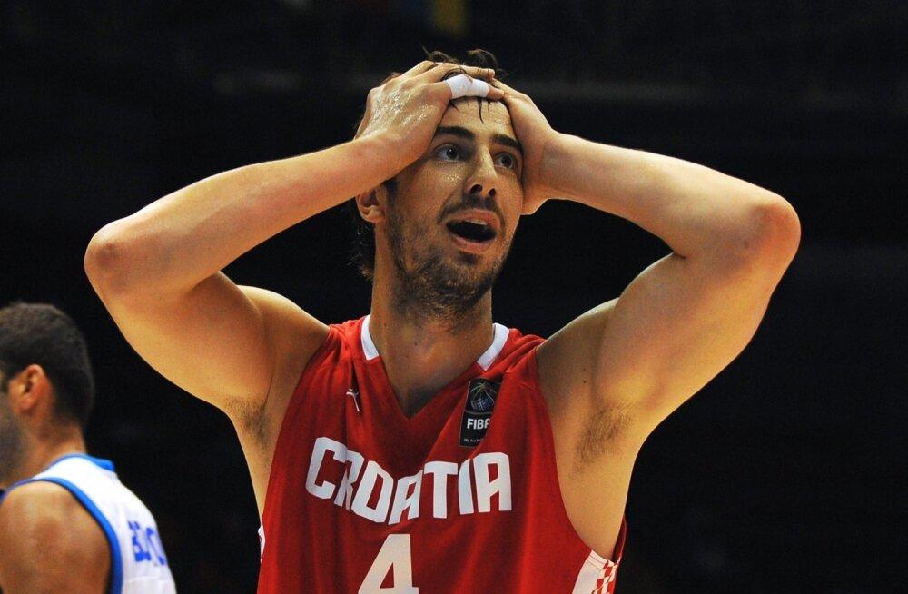 Horvaatia koondise keskmängija Ante Tomic