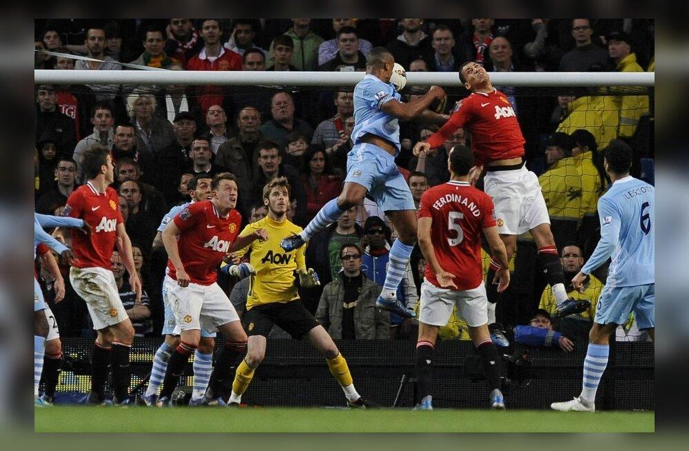 Vincent Kompany  lööb 1-0 Manchester Cityle