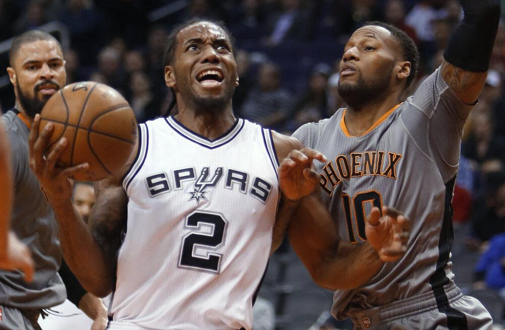 Spurs astub Warriorsi kandadele - Popovichi juhendatavad võtsid 12. järjestikuse võidu