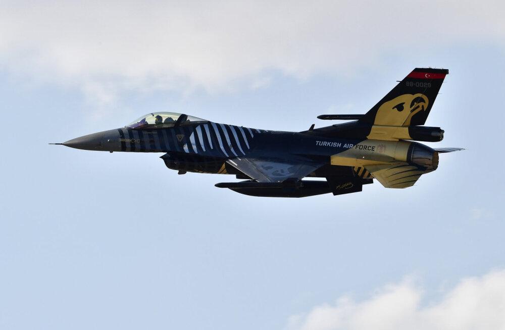 Jerevan väitis, et Türgi hävitaja tulistas alla Armeenia lennuki. Bakuu ja Ankara eitavad