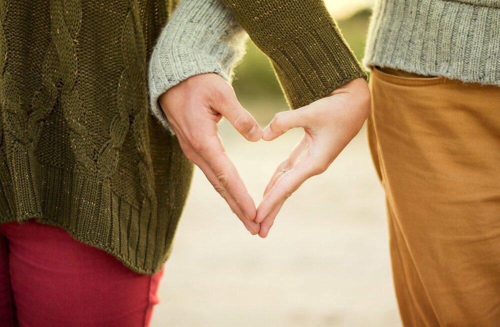 Oled elukestva armastuse otsingul? Võta omaks paar lihtsat rituaali ja see juhtub lausa iseenesest
