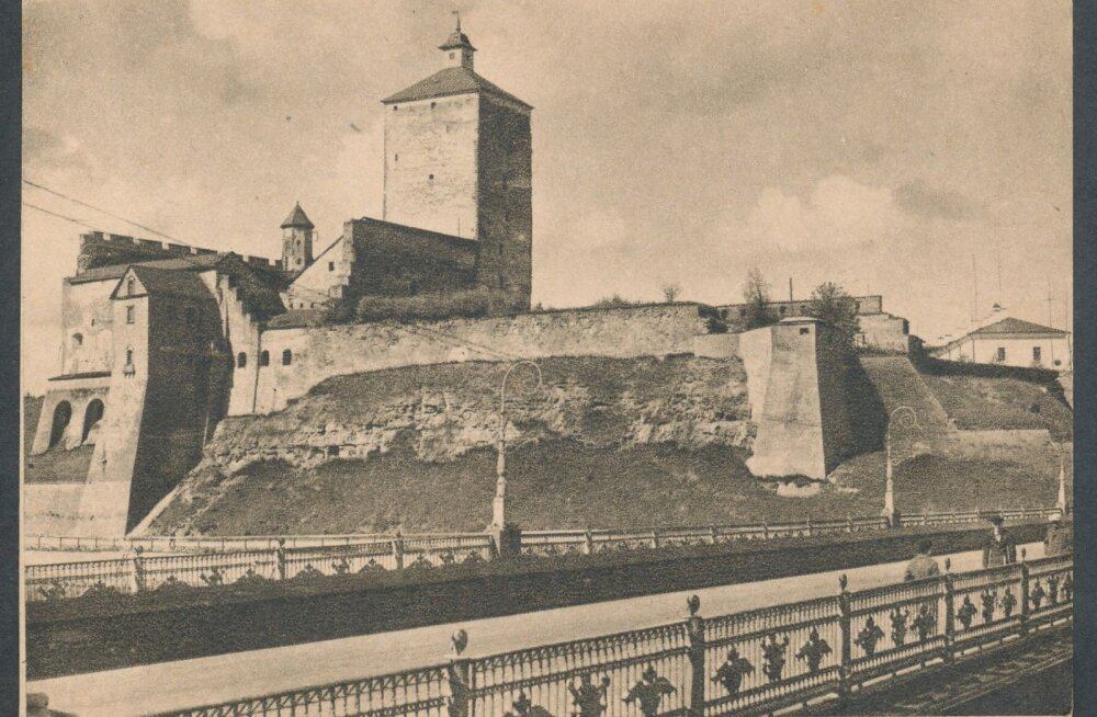 Jaak Juskega kadunud Eestit avastamas: Narva linnuse lugu läbi peaaegu kaheksasaja aasta