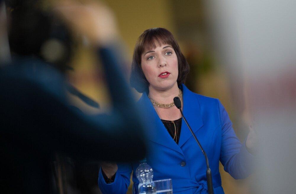 Министр образования Репс: за хорошими учителями охотятся не только директора школ