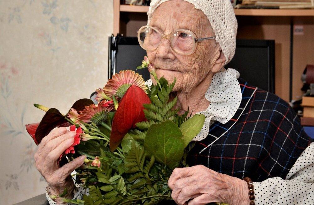 Palju õnne! Kohila proua Marta Kivi tähistab täna 106-ndat sünnipäeva!