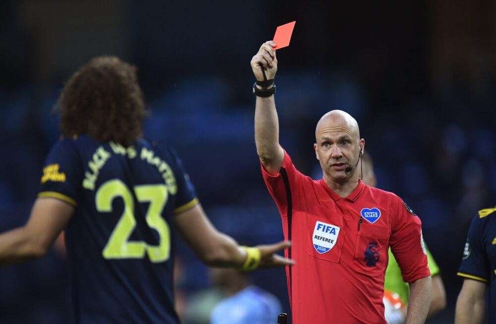 Premier League on tagasi: Manchester City korraldas Arsenalile õuduste õhtu, teine mäng kujunes skandaalseks