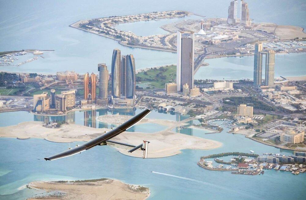 Kaks šveitslast üritavad päikeseenergial töötava lennukiga ümbermaailmareisi!
