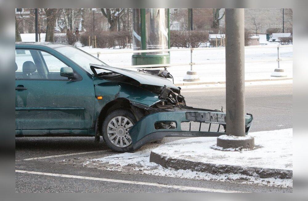 Liiklusõnnetus Toompuiesteel