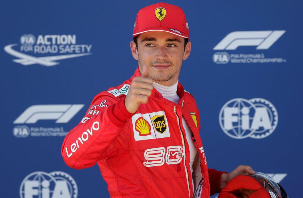 VIDEO | Leclerc pani Hamiltoni kotti ja alustab Austria GP-d esikohalt, Vettelit tabas katastroof