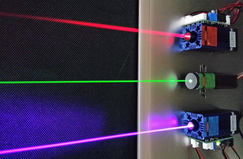 MIT teadlased leiutasid laserisüsteemi, mis edastab valitud inimesele distantsilt heli otse kõrva