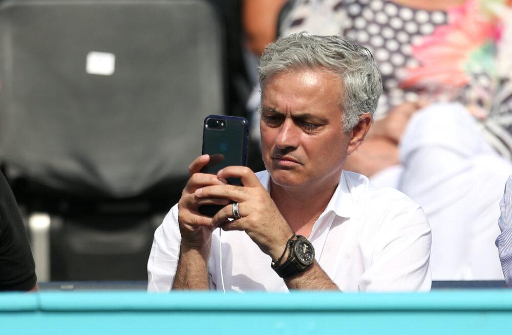 Mourinho tunnistas, et valas Murray esimese Wimbledoni võidu päeval pisaraid