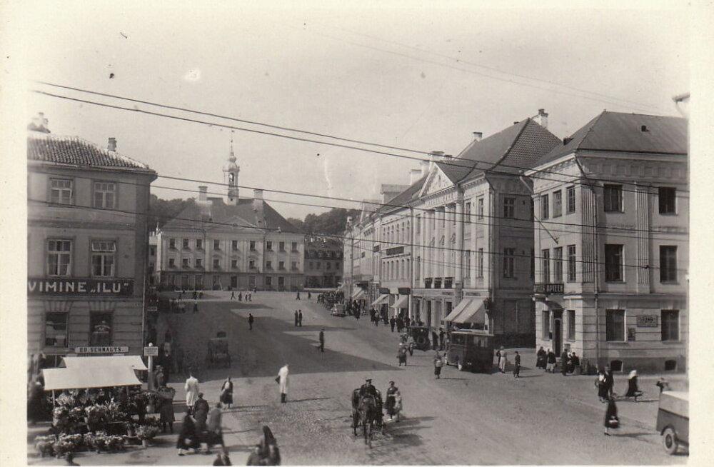 Jaak Juskega kadunud Eestit avastamas 5: Tartu, Raekoja plats