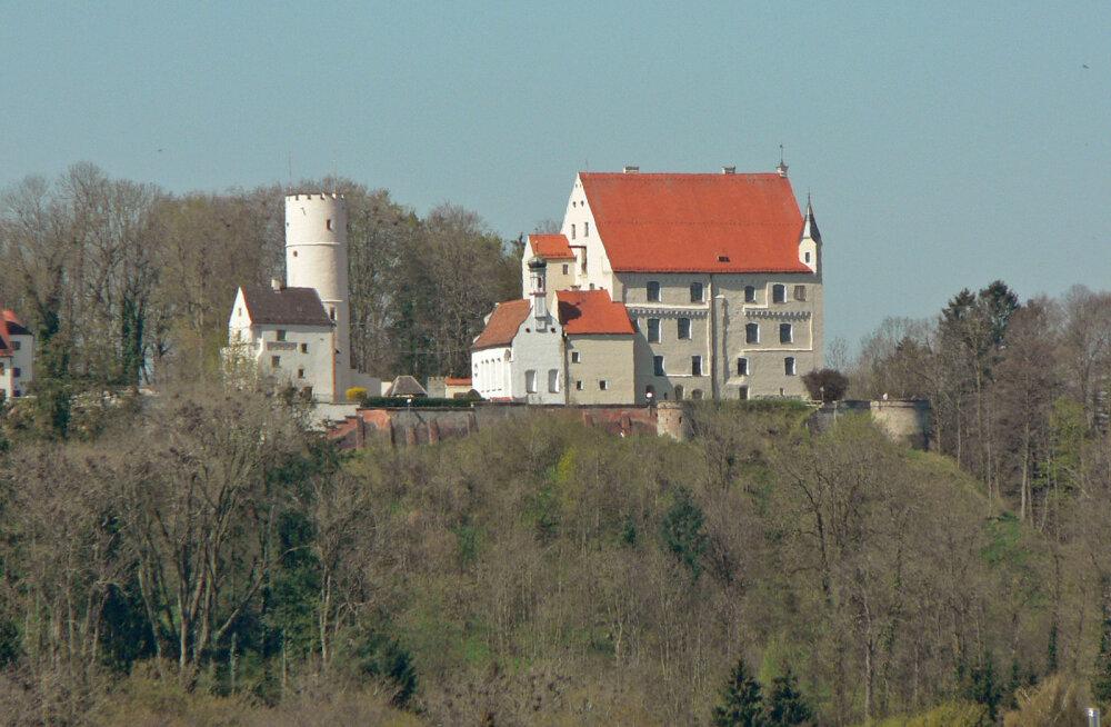 ФОТО: Немецкий замок предков британской королевы