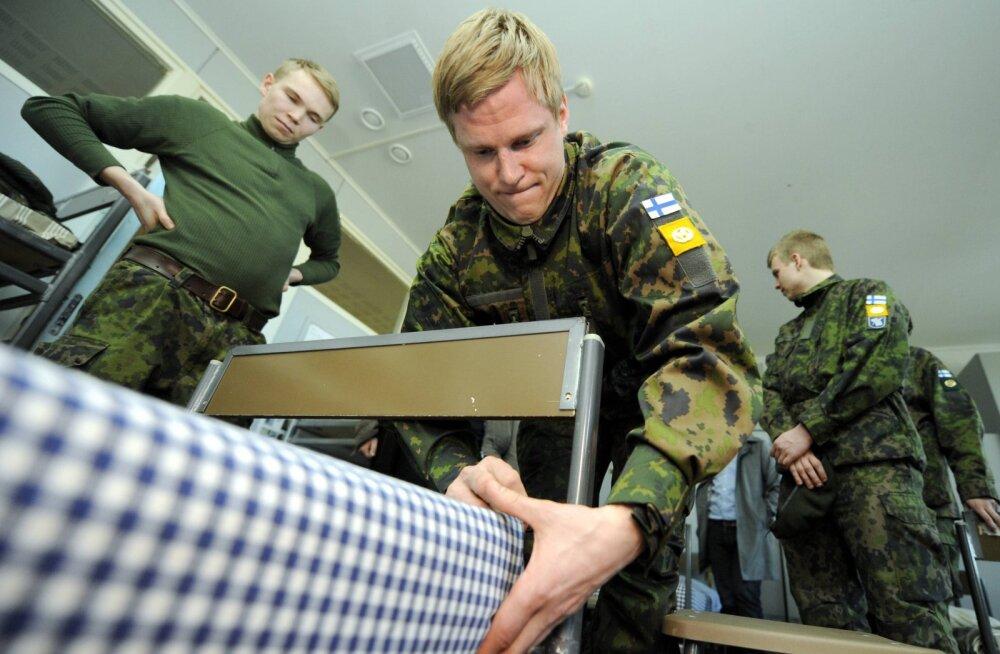 Soomes on saadetud kaitseväe nimel valekutseid teenistusse, et sõita Iraani