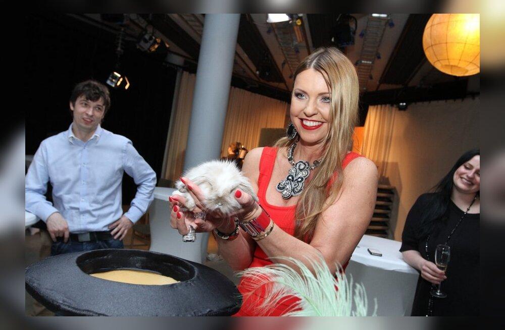 FOTOD: Anu Saagimi juubelipeol näpiti kübarajänest!