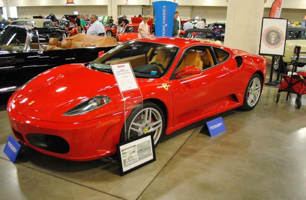 Mis juhtus Trumpi Ferrariga?