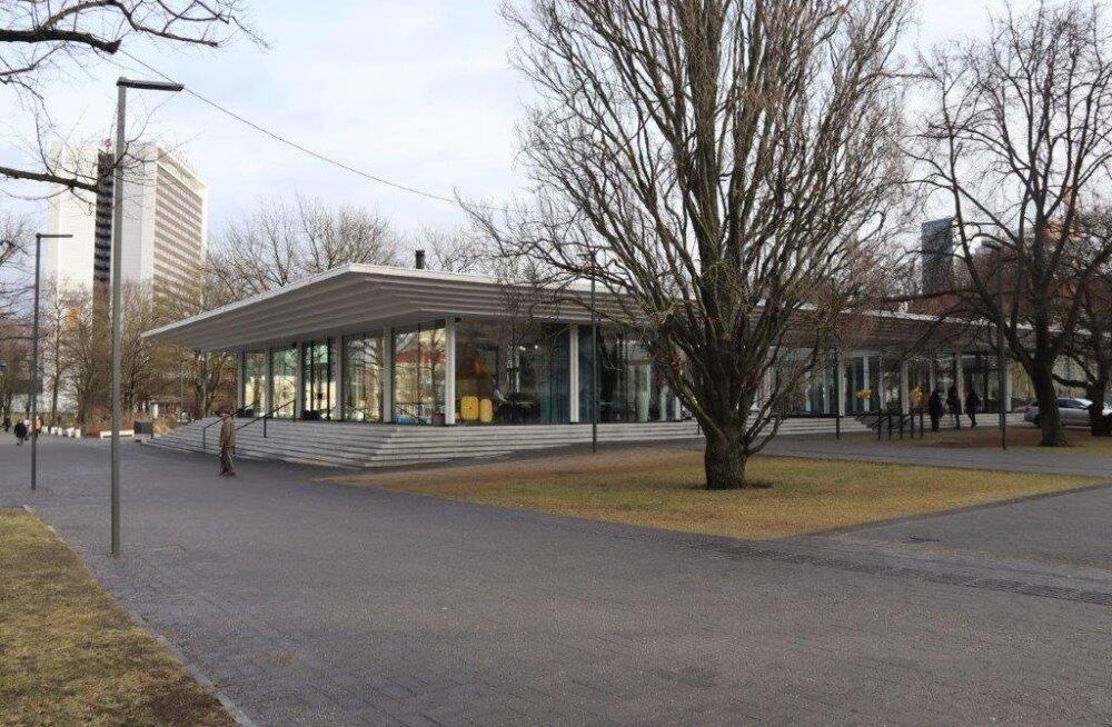 На месте легендарного рынка в парке Таммсааре открыли кафе-павильон