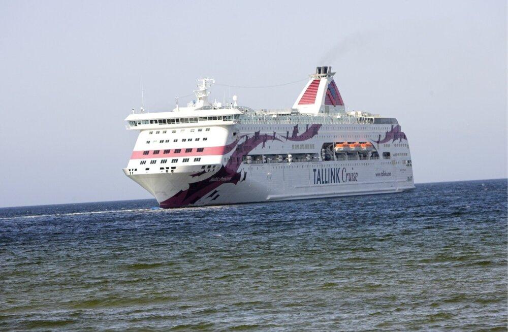 Tallinki Stockholmist Turusse sõitval parvlaeval ütles üles pool elektrisüsteemist