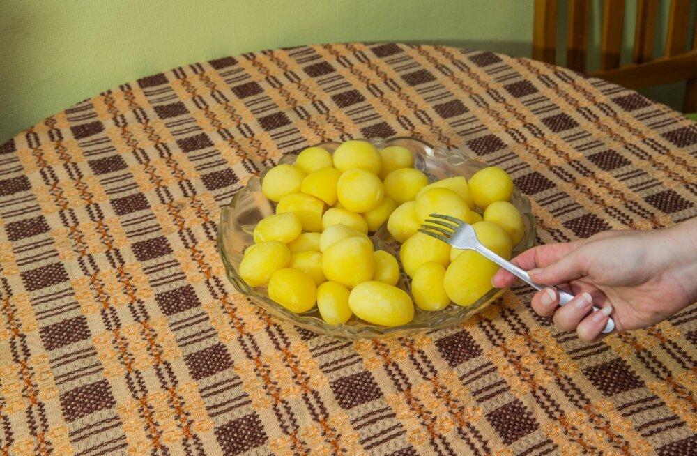 Keedetult nägid kõik kartulid ühesugused välja.