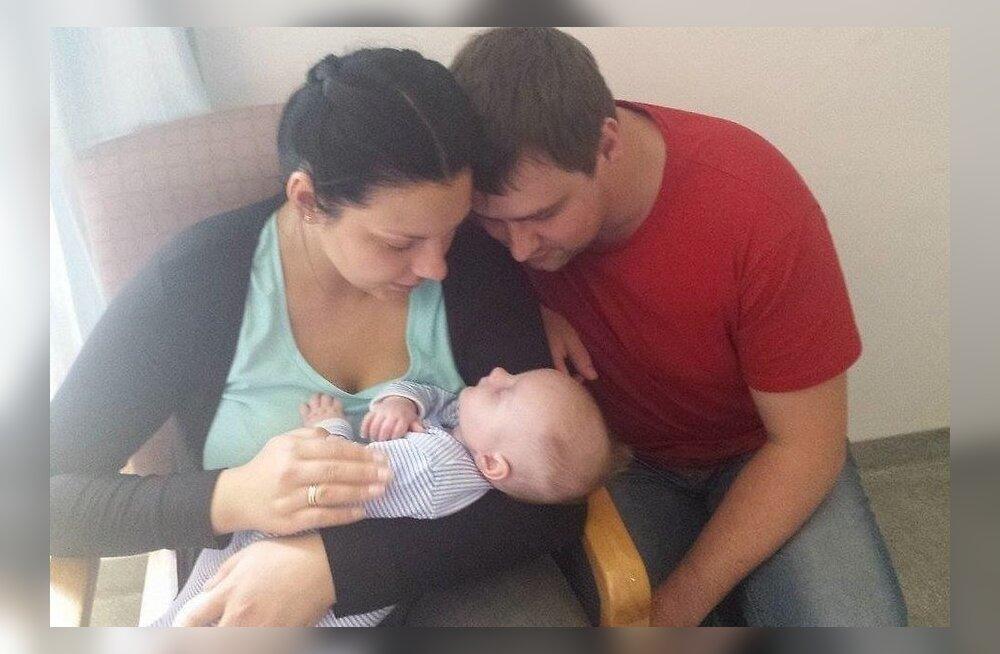 Младенца, за которого родители семь месяцев боролись с властями Великобритании, вернули в семью