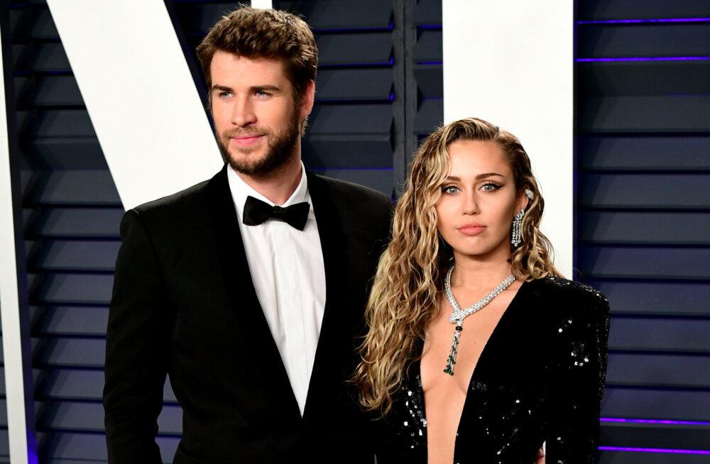 Miley Cyrus võitleb kuulujuttudele vastu: mu abielu ei lõppenud petmise tõttu