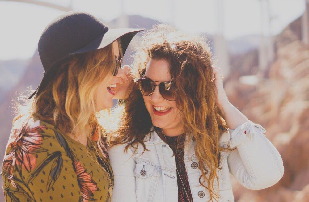 Naine selgitab: mida naised siis ikka tahavad? Raha, reise, tähelepanu ja hulgaliselt komplimente? Jah, mehed, tahame küll!