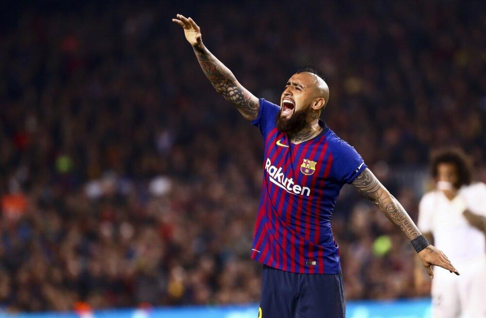 Arturo Vidal FC Barcelona särgis.