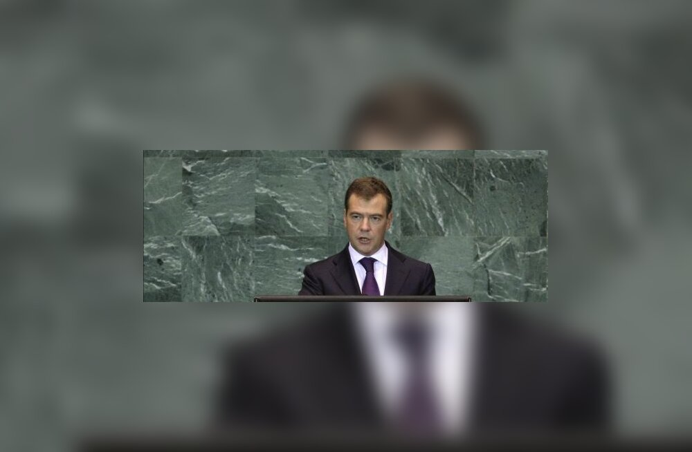 Medvedev: ÜRO juhtigu ajaloovõltsimise võitlust