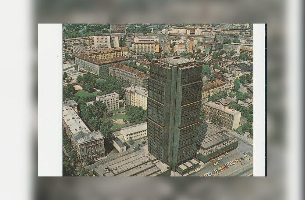 Jaak Juskega kadunud Eestit avastamas: Sibulaküla tee agulist stalinistliku arhitektuuri mälestusmärgiks